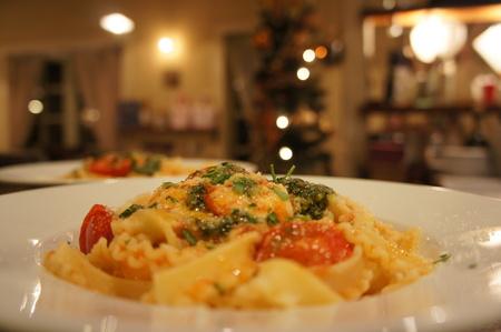 トマトとモッツァレラのマファルデ
