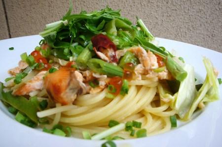 鮭とイクラ春野菜のスパゲティ